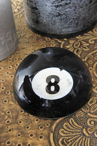 8-ball-paperweight-42887-p[ekm]335x502[ekm]