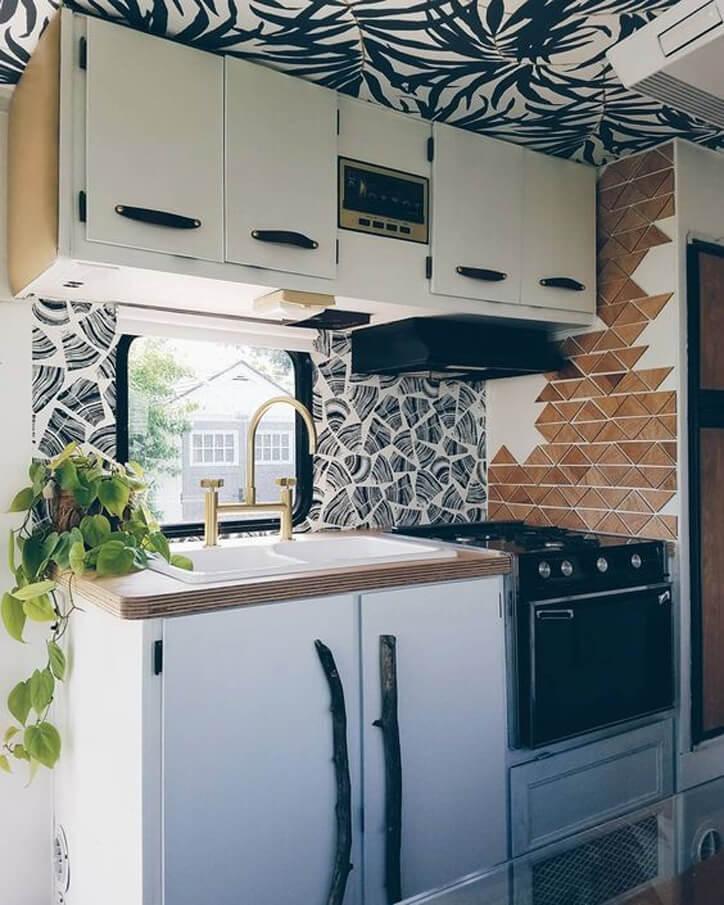 Liz Kamarul_RV Kitchen